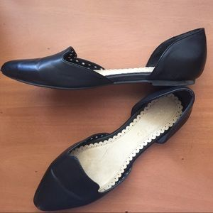 Restricted black flats